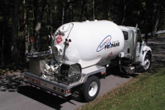 holiday-gas-propane-truck